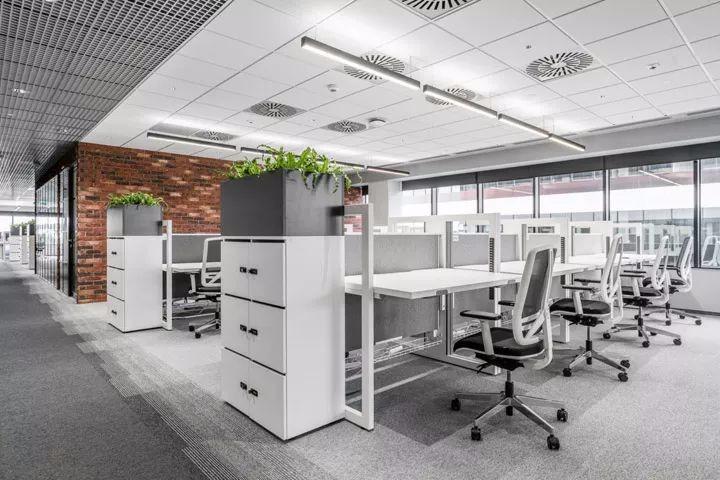全球管理咨询公司波兰卡托维兹办公室设计